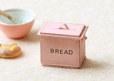Dollhouse Miniature- Shabby Chic Sweet Pink Bread Box
