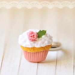 Miniature Food Jewelry - Cupcake Ring - Medium Pink Rose Cupcake Ring