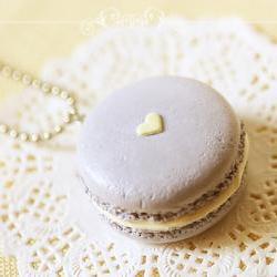 Food Jewelry - Mauvey Love Macaron Necklace